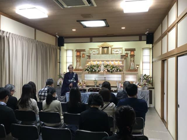 もみじ会館での第3回華の追悼会の様子2