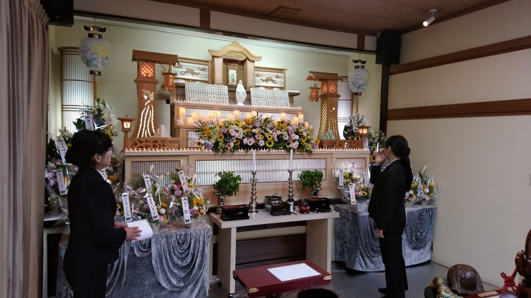 もみじ会館での第4回華の追悼会の様子2