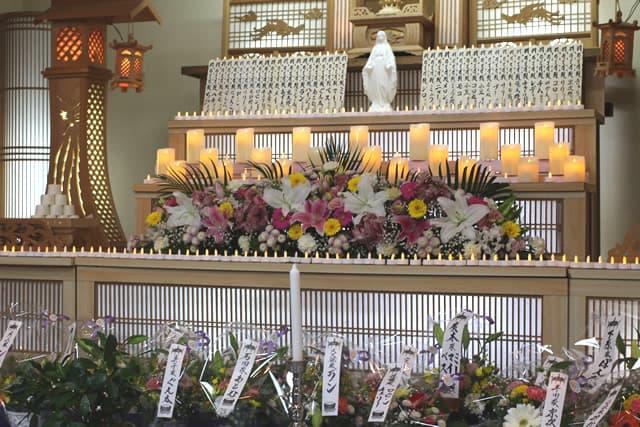 もみじ会館での第5回華の追悼会の様子2